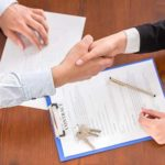 10 things to know before signing a lease.
